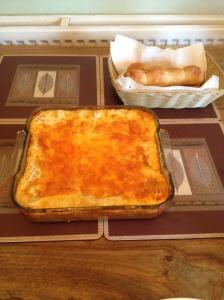 Main: Lasagna à la moi. With garlic bread, of course.