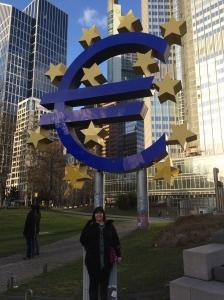 Euro-Skulptur.