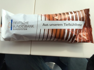 26/03 - I had lunch at the Bundesbank and they have Bundesbank chocolate ice lollies. Eek!