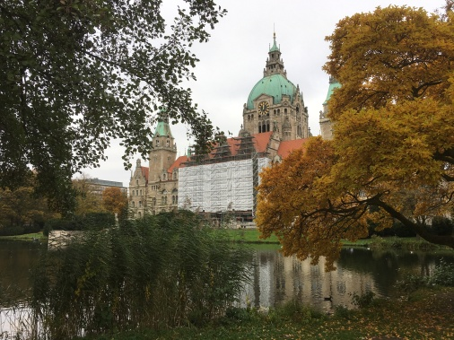 30/10 - An autumn-y Hannover. Shame about the building work on the town hall!
